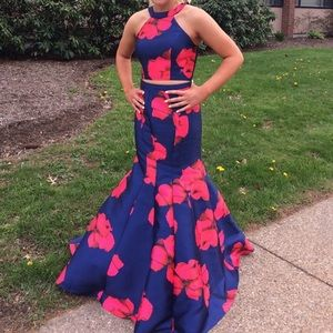Dresses & Skirts - Two Piece Prom Dress